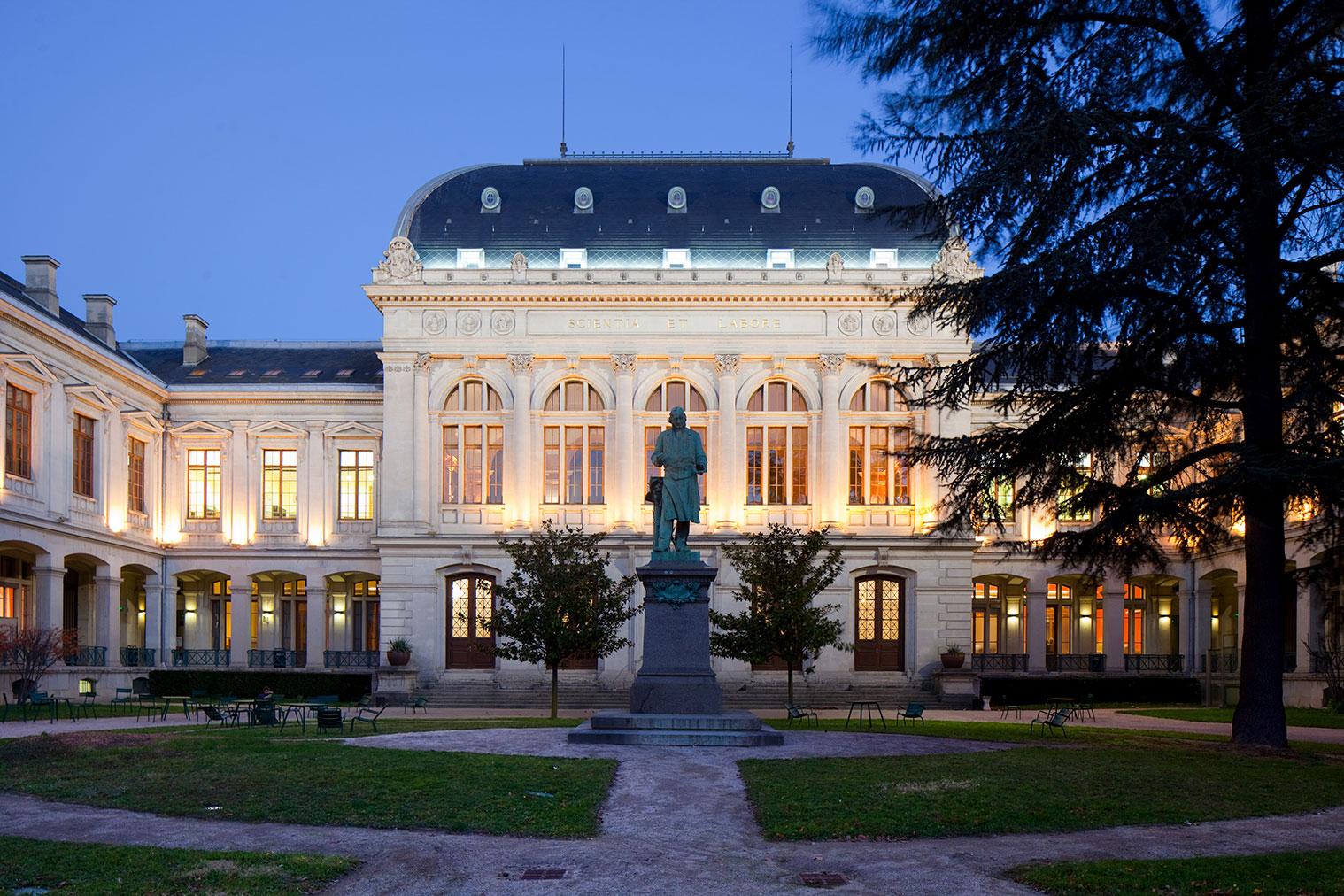 Calendrier Universitaire Lyon 2 2022 2023 Université Lumière Lyon 2